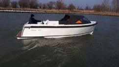 Maxima 600I Sloop with inboard diesel, for sale by Marine Tech